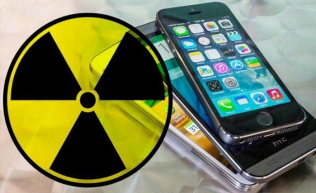 Hayatımızın en ücra köşesine yayılan akıllı telefonların birçoğu normalin üzerinde (0,60 watt) radyasyon yayıyor.