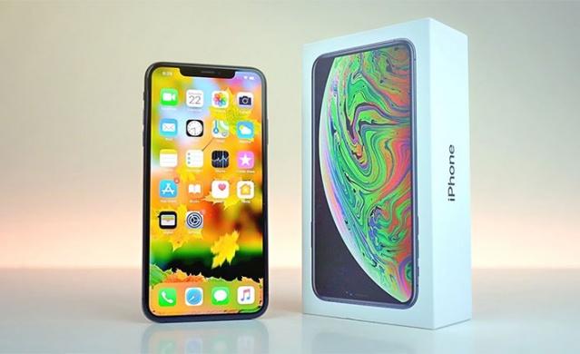 Bu sene istediği düzeyde iPhone satışı yapmakta zorlanan Amerika Birleşik Devleti (ABD) merkezli teknoloji devi Apple küresel satış listesinde bir adım daha geriledi.