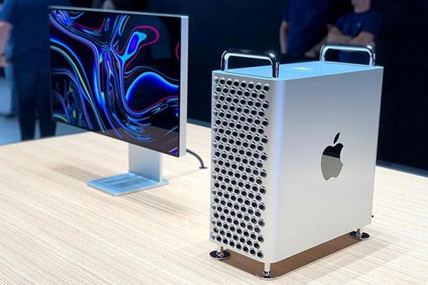 Mobilya ve ev dekorasyonu mağazalar zinciri IKEA, teknoloji devi Apple'ın 6 bin dolarlık yeni Mac Pro'sunu yaptığı paylaşım ile ti'ye aldı.
