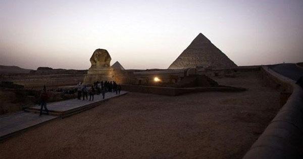 Mısır'daki Keops Piramidi, diğer adıyla Büyük Giza Piramidi yeniden mercek altına alındı. İşte o piramidin bilinmeyenleri...