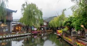 Çin'i antik kasabası görenleri büyülüyor