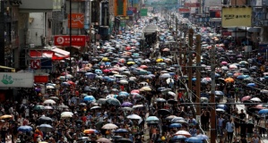 Hong Kong ayakta! Protestolara sert müdahale