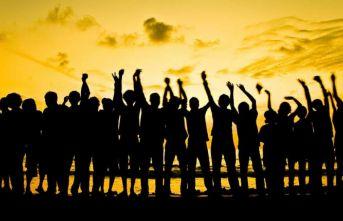Demokrasi karşıtı bu küresel ayaklanmanın sebebi ne?