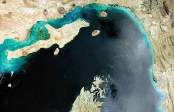İran'ın sürekli kapatmakla tehdit ettiği Hürmüz Boğazı