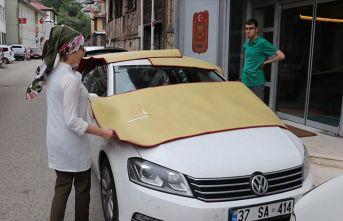 Araçlarında battaniye bulunduruyorlar