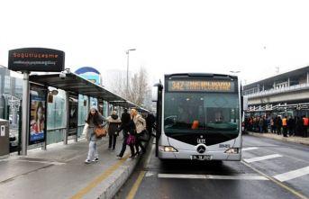 İBB'den 300 ek metrobüs seferi