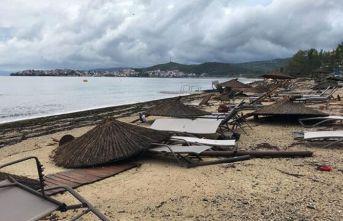 Şiddetli fırtına can aldı: 6 ölü, 108 yaralı