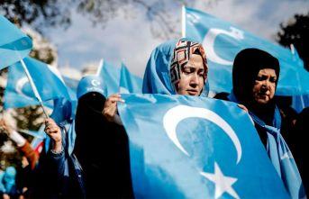 Türkiye'den Doğu Türkistan'a heyet!