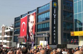 İYİ Parti'de kurultay rüzgarları