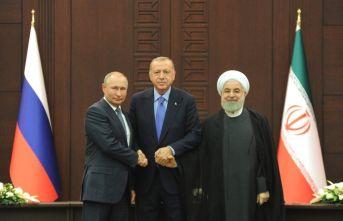 Üçlü zirveden anayasa komitesi çıktı