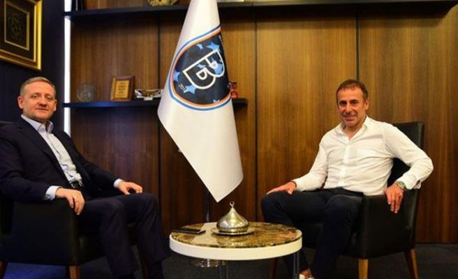 Abdullah Avcı Başakşehir'den ayrıldı: Beşiktaş ile anlaştı
