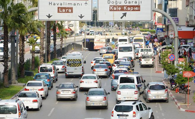 Antalya'da dizel arabalar yasaklanacak mı?