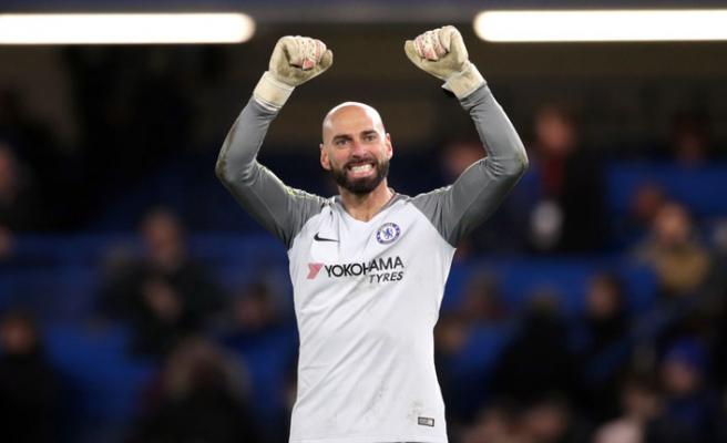 Caballero'nun Chelsea kariyeri devam edecek