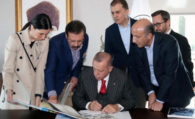 """Erdoğan'dan Yassıada'ya ziyaret: """"Siz darbeciydiniz, biz ise..."""""""