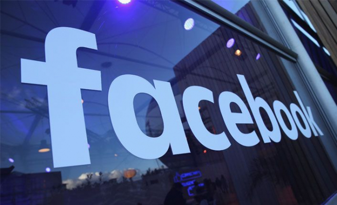 Facebook 2 milyar hesabı sildi!