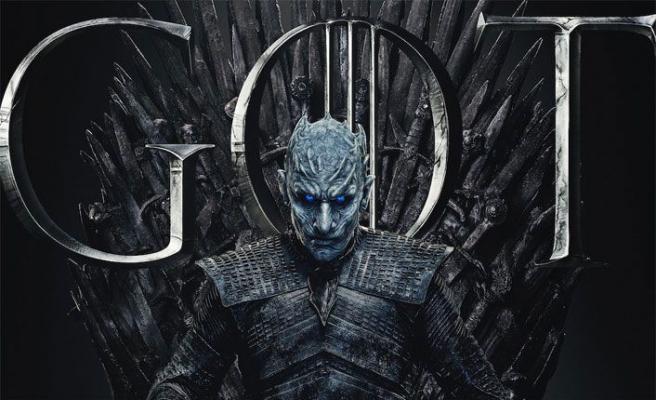 Game of Thrones dizisinin kötü karakteri Night King ile eğlenceli röportaj