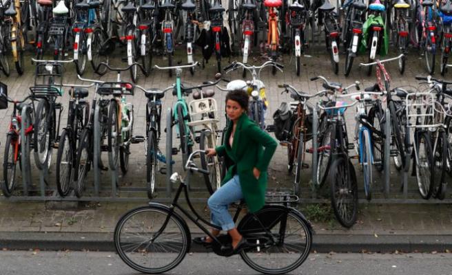 Hollanda: İşe bisiklet ile gidene ödeme!