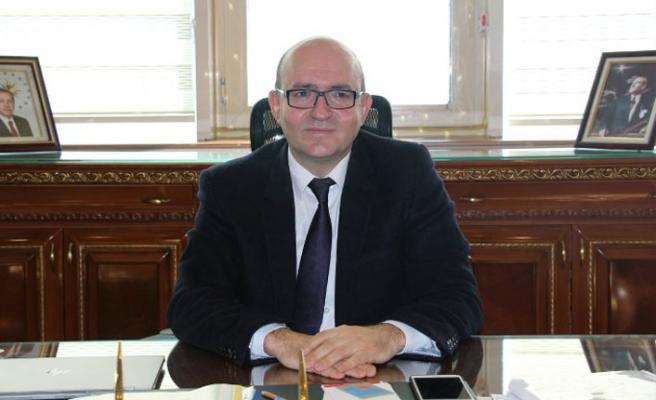 Rektör seçildi, AK Partili isme teşekkür etti