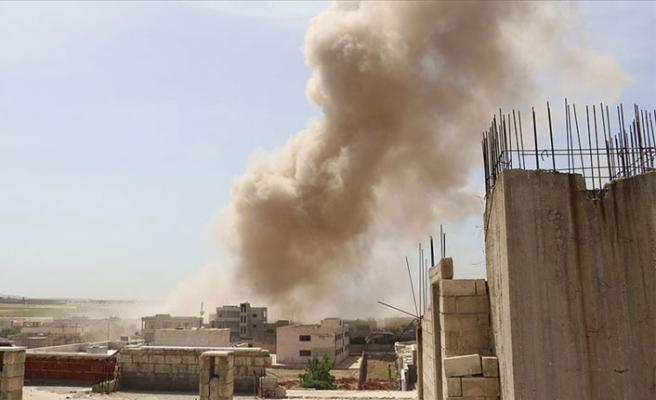 İdlib'de kan durmuyor: 1 çocuk öldü