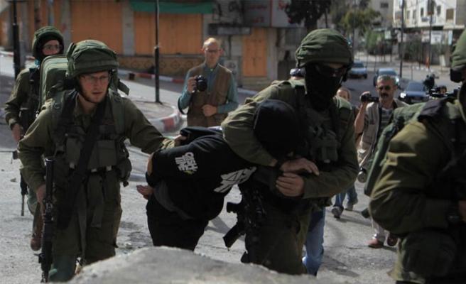 İsrail 18 Filistinliyi gözaltına aldı
