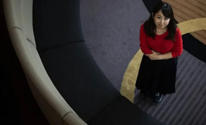 Japon kadınlardan 'topuklu' tepkisi