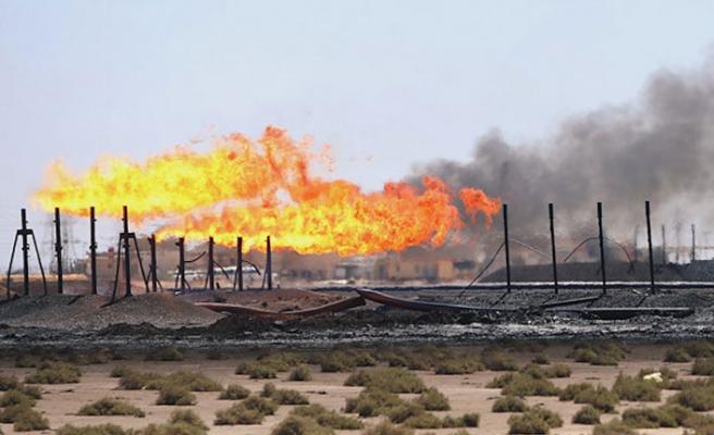 Petrol şirketine füze saldırısı: 3 yaralı