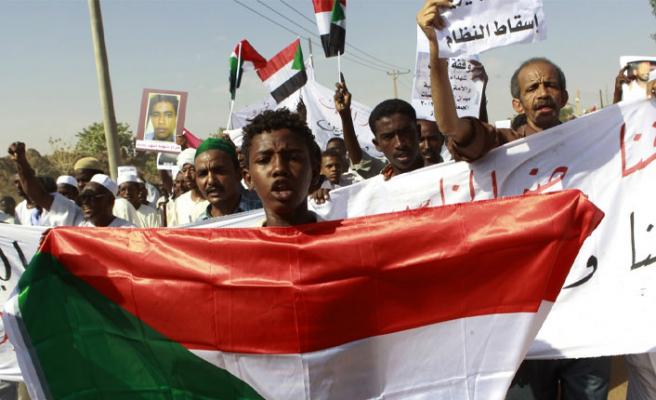 Sudan'da ordudan halka sert müdahale