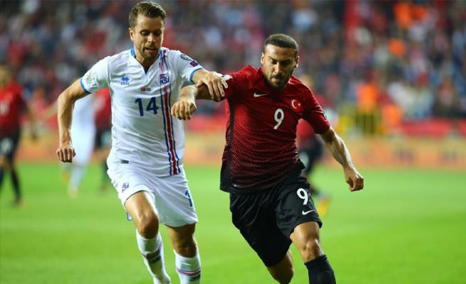 Türkiye-İzlanda maçının hakemi belli oldu