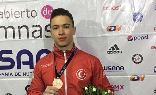 Ahmet Önder'den bronz madalya