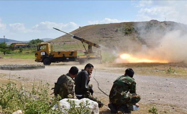 Esed'e İdlib faturası: 900 ölü
