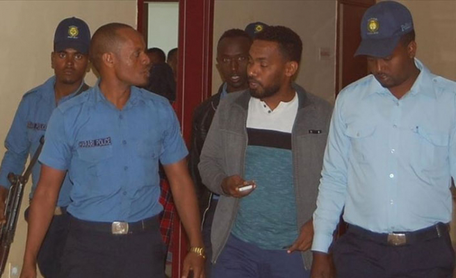 FETÖ'cü siyahi müdür gözaltında