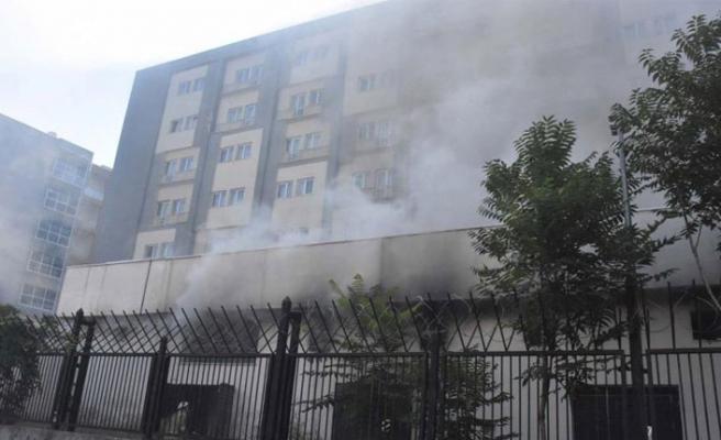 Öğrenci yurdunda panik yaratan trafo yangını
