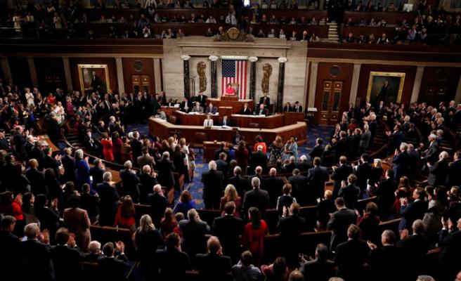 Trump veto etti, Meclis onayladı!