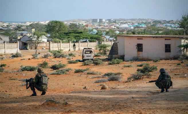 Eş-Şebab'a operasyon: 18 ölü