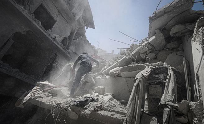 İdlib'de hava saldırısı: 9 ölü, 20 yaralı