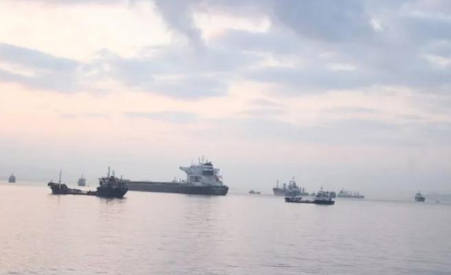 İstanbul'da gemi ile tanker çarpıştı