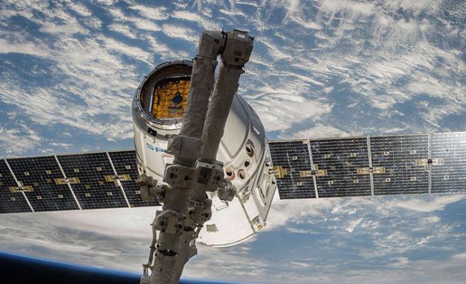 Avrupa Uzay Ajansı ile SpaceX uyduları çarpışmadan kurtuldu