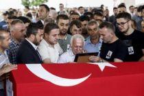 Şehit diplomat Osman Köse toprağa verildi