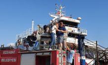 Çanakkale'de korkutan feribot yangını