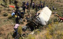 Van'da feci kaza: 17 ölü, 50 yaralı