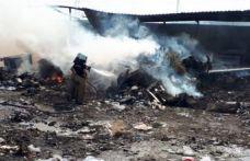 İzmir'de sera yangını
