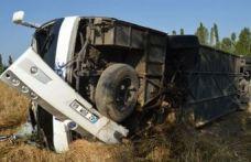Yolcu otobüsü devrildi: 7 yaralı