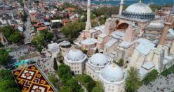 """Sultanahmet'te dünyanın en büyük """"lale halısı"""""""