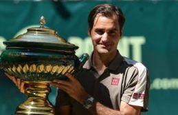 Halle Açık'ta kazanan Federer