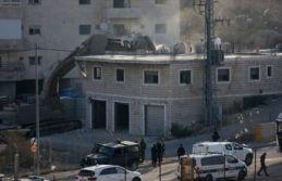 İsrail Filistinlilerin evlerini yıktı