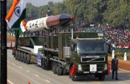 Nükleer gerilim sürüyor! İmran Han uyardı