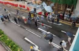Hong Kong'da biber gazlı müdahale