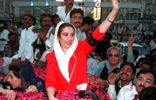 Benazir Butto: Müslüman bir ülkenin ilk kadın...