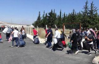 11 bin Suriyeli ülkesine döndü!
