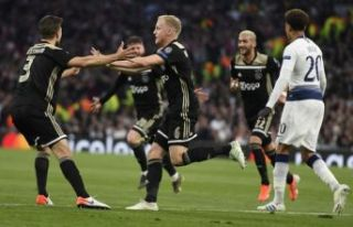 Ajax evine avantajla döndü